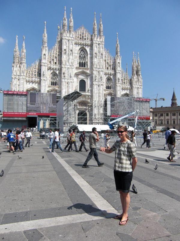 In Milan, Lindsey and the Duomo, the fanstic Milan's Cathedral